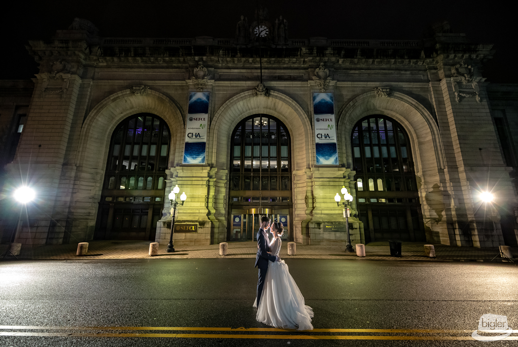 20181006_-_40_-_Michelle_&_Evan_Kiernan_Plaza_Wedding